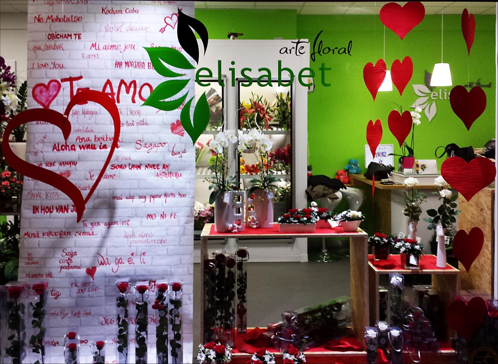 Escaparate san valentin elisabet arte floral blog - Ideas para escaparates ...