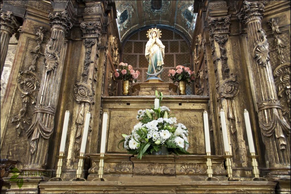 Centro decorativo para la imagen del altar